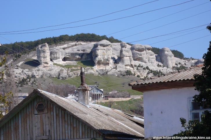 Скелі над Бахчисараєм