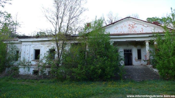 Садиба дядька М. Рильського в с. Бровки Перші
