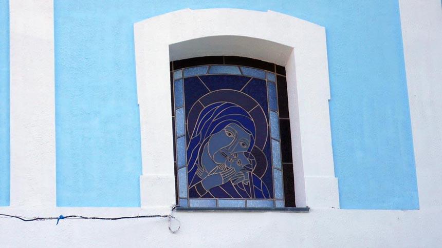 Вікно храма в с. Іванків на Житомирщині